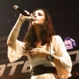 vocalist-stine-grove-24