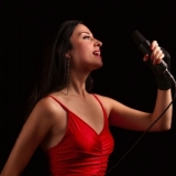 vocalist-stine-grove-8